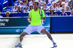 epa05505991 Marin Cilic of Croatia reacts as he defeats Andy Murray of Great Britain in the final of the Western & Southern Open tennis championships at the Linder Family Tennis Center in Mason, near Cincinnati, Ohio, USA, 21 August 2016.  EPA/TANNEN MAURY